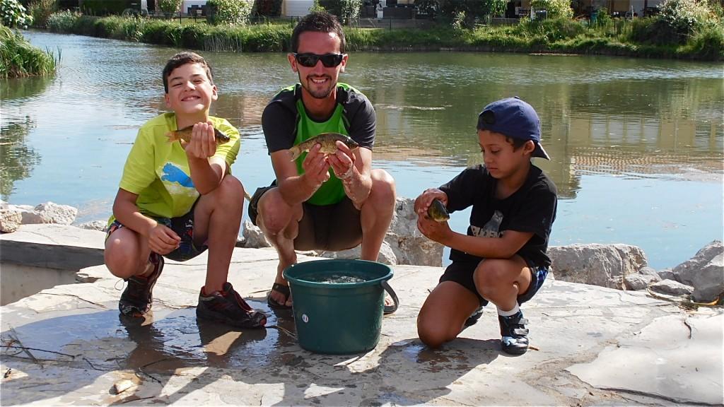 Pêche avec des enfants