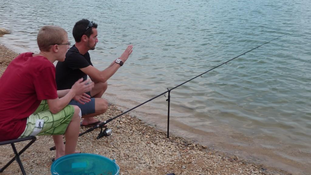 La touche en action de pêche