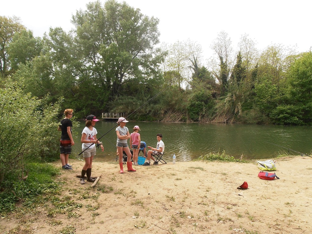 stage pêche  enfant 2015