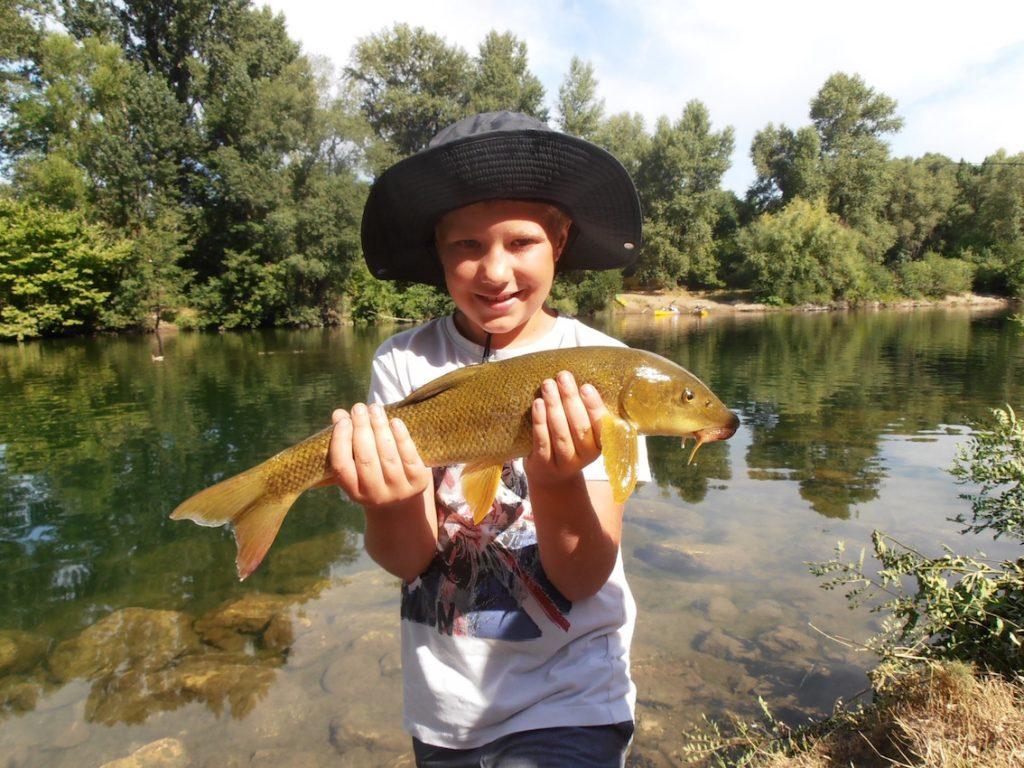 Camp pêche enfant hérault