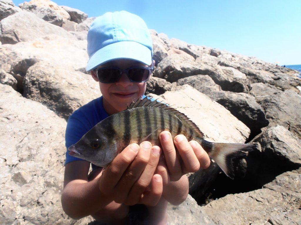 camp pêche enfants hérault